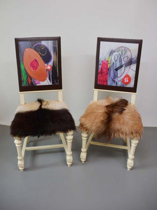 kunst-menschen-mit-behinderung-art-brut-stühle
